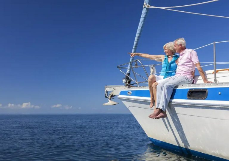 4 Benefits of Banking On Whole Life Insurance
